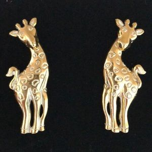 Vintage Avon Gold Tone Giraffe Pierced Earrings